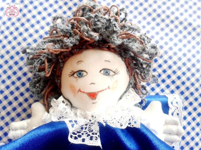 Паричок крючком для куклы.