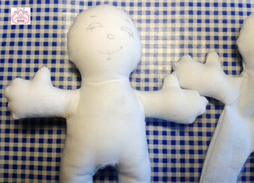 Плотная набивка кукол.