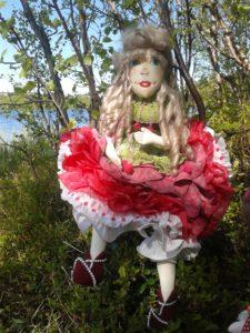 Прогулка на озеро. Кукла Пион.